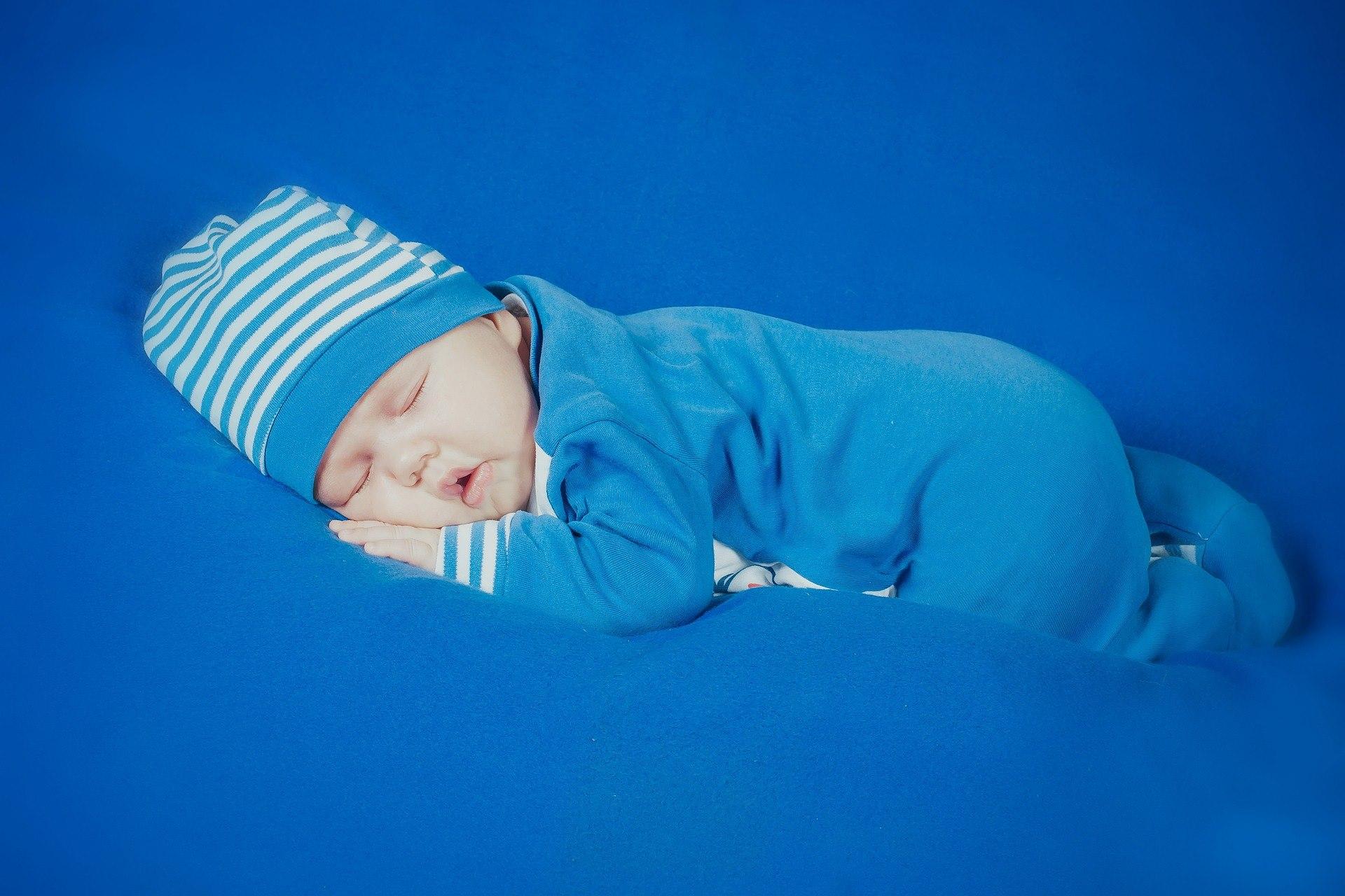 Problemy ze snem u dzieci związane z…