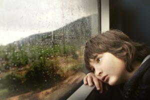 Co krytyka może zrobić dzieciom?